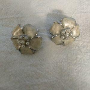 White & Silver Flower Earrings